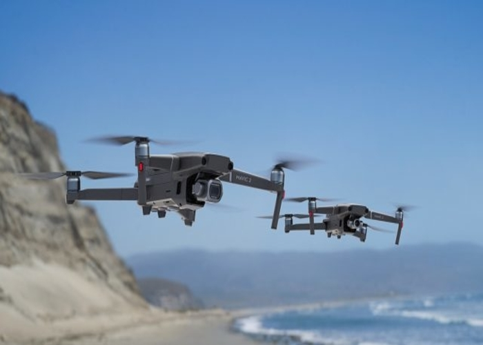 DJI Mavic 2 Zoom Drone Quadcopter Review