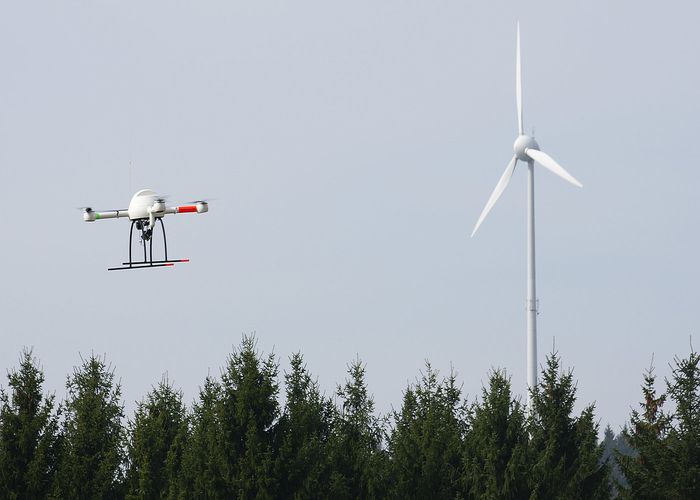 What Are The Best Drones To Fly In Strong Wind?